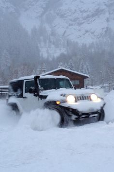 Never forget the day I put the upgrades on my Jeep I got her stuck in the snow up to the hood :(