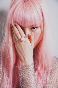 Pink Power - Cheveux rose // Fashion shot of woman with straight pink hair with a blunt fringe / bangs Hair Inspo, Hair Inspiration, Pelo Color Gris, Foto Fantasy, Pastel Pink Hair, Lilac Hair, Green Hair, Fuchsia, Rainbow Hair