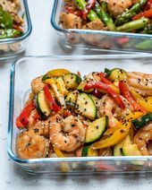 Super-Easy Shrimp Stir-Fry for Clean Eating Meal Prep! Super-Easy Shrimp Stir-Fry for Clean Eating Meal Prep! Clean Eating Shrimp, Clean Eating Diet, Stir Fry Recipes, Clean Eating Recipes, Healthy Recipes, Healthy Food, Clean Foods, Noodle Recipes, Simple Recipes