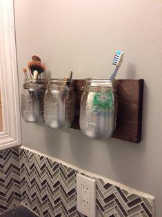 How to Build a Mason Jar Wall Caddy