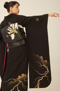 Kimono Japan, Japanese Kimono, Traditional Fashion, Traditional Outfits, Kimono Fashion, Fashion Outfits, Womens Fashion, Modern Kimono, Kimono Design