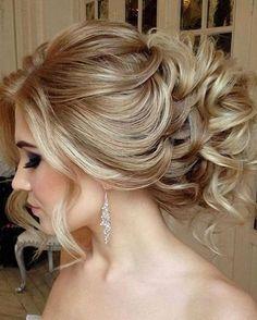 nice 34 Totally Inspiring Bridal Wedding Hairstyles Ideas https://fashioomo.com/2018/04/16/34-totally-inspiring-bridal-wedding-hairstyles-ideas/