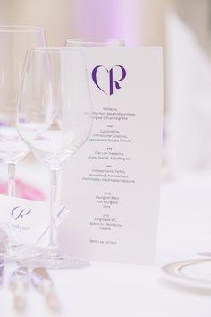 #menucard #menükarte #hochzeitslogo #lila #weddingplanner #hochzeitsplaner #berlin Foto: Matthias Friel, Berlin Weddingplanner: Sarah Linow, Berlin