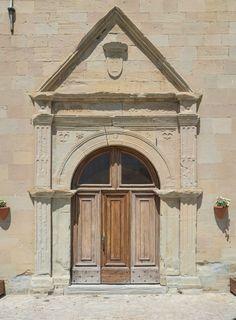 Portale della Chiesa di San Benedetto #terredelpiceno