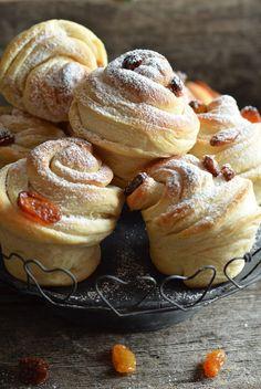 babeczki drożdżowe - cruffiny Cronut, Doughnut, Biscuits, Pancakes, Raspberry, Cheesecake, Lemon, Food And Drink, Yummy Food