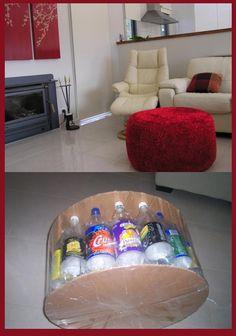 diy puff bottle in Spanish but you get the idea Cardboard Box Diy, Diy Cardboard Furniture, Diy Furniture, Diy Crafts Hacks, Diy Home Crafts, Diy Home Decor, Diy Puffs, Diy Karton, Plastic Bottle Crafts