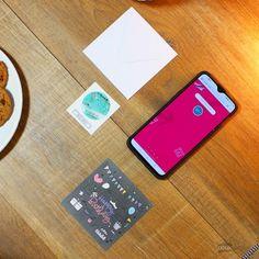 """Carte de Voeux Dématérialisée """"Happy Birthday"""" Messages, Key, Greeting Card, Gift, Unique Key, Text Posts, Text Conversations"""