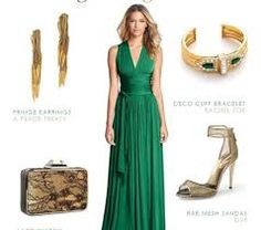 green and gold -- what a dress! Jewelry is not my style--a little too traditional/gaudy but the dress is pure elegance and green and gold go far. Green Formal Dresses, Formal Gowns, Dress Formal, Formal Wear, Emerald Green Gown, Wedding Guest Looks, Wedding Attire, Evening Gowns, Dress Up
