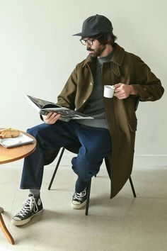 10 best casual fashion ideas for men to steal attention 20 Human Poses Reference, Pose Reference Photo, Look Man, Look Girl, Men Street, Street Wear, Stylish Men, Men Casual, Moda Hipster