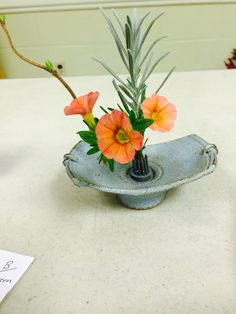 New Garden Club Journal: Delicate Diversions - miniature designs  4 floral design   flower arrangement