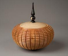 Cuban Mahogany Lidded Bowl - WR Woodturning Gallery