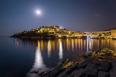 When there is no way to get asleep, just grab the camera and go out for shooting. The full moon on the August 2018 over my city of Kavala in Greece. Pretty Lights, Beautiful Lights, Next Full Moon, Very Nice Images, Moon Magic, Artist At Work, Fine Art America, Greece, Scene