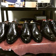 「#mensclub #menswear #mensshoes #mensstyle #mensfashion #gentleman #fashion #footwear #shoesshine #大塚製靴 #カルミナ #靴磨き #ファッション #足元倶楽部 #足元クラブ #足元」