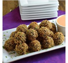Talk about the perfect (and healthy) snack! You're gonna love this recipe for crisp Greek-inspired Spinach-Feta Risotto Balls and their accompanying Roasted Red Pepper Sauce Risotto Balls, Appetizer Recipes, Appetizers, Spinach And Feta, Spinach Risotto, Vegetarian Recipes, Healthy Recipes, Balls Recipe, Clean Eating Recipes