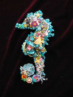 Vintage Jewelry Collage Sculpture Ula Seahorse Ocean Blue Decorative Art by darcy Jewelry Christmas Tree, Jewelry Tree, Old Jewelry, Jewelry Making, Dainty Jewelry, Jewelry Armoire, Hair Jewelry, Jewelry Box, Jewlery