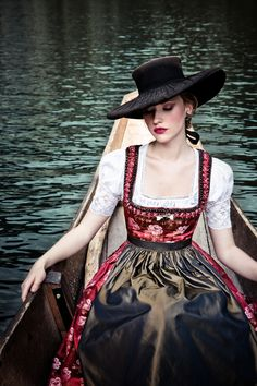 Elegant red dirndl with green-brown apron German Fashion, Russian Fashion, Russian Style, Dirndl Dress, Dress Up, Folk Costume, Traditional Dresses, Style Inspiration, My Style