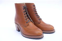 Women's Red Wing Gracie 8 Inch Moc Boot, Size 9.5 M Brown
