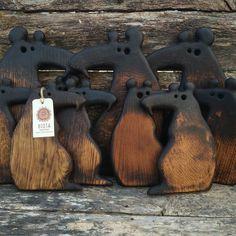 Diy Wooden Projects, Wooden Crafts, Wooden Diy, Wood Chopping Board, Wood Cutting Boards, Wood Carving Art, Wood Art, Waste Art, Wooden Cheese Board