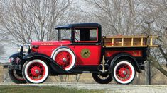 1930 Ford Model A Fire Truck Chicago Fire Department Themed Restoration presented as lot T36 at Indianapolis, IN 2016 - image1