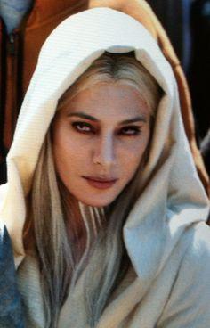 Jaime Murray as Stahma Tarr, wife of Datak Tarr in Defiance (SyFy Channel, 2013)