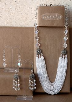 Size: necklace length from the edge: ~ 62 cm, the outer ~ 67 cm. Long earrings 6 cm with fastener. Bead Jewellery, Seed Bead Jewelry, Statement Jewelry, Pearl Jewelry, Beaded Jewelry, Jewelery, Handmade Jewelry, Jewelry Necklaces, Seed Beads