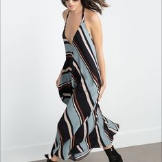 ZARA dress. ZARA flowy striped dress. Zara Dresses Maxi