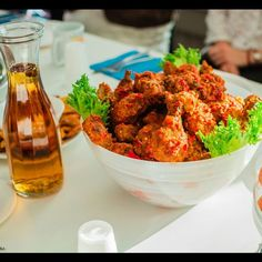 Chop Afrik Kitchen tarjoaa aitoja afrikkalaisia makuja VS Cafen tuntumassa Pärnu maantiellä. Paikka on saanut kehuja ystävällisestä palvelusta ja menusta, joka tarjoaa makuja niin afrikkalaiseen ruokaan vasta tutustuvalle kuin siitä jotain jo tietävälle. #eckeröline #chopafrikkitchen #tallinna #tallinn