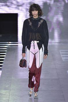 Défilé Louis Vuitton Printemps 2016 Paris Fashion Week | POPSUGAR Fashion France