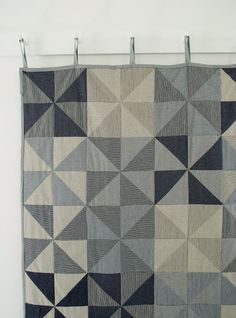 Love this tutorial for a denim pinwheel quilt.