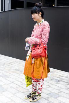 http://isnapumagazine.wordpress.com/2012/09/28/london-fashion-week-ss13-susie-bubble/