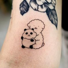 Goodmorningtown is a tattoo artist based in Korea Seoul. He is a very popular tattoo artist in Korea. His tattoos usually include cute drawings. Cute Animal Tattoos, Cute Tattoos, Body Art Tattoos, Small Tattoos, I Tattoo, Tatoos, Single Line Tattoo, Bild Tattoos, Stick And Poke