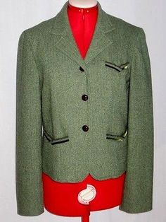 Womans-Green-Herringbone-Wool-Blend-Suit-Jacket-from-the-Limited-size-Medium