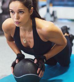 Ejercicios para recuperar la línea después las vacaciones | Fitness | EL MUNDO