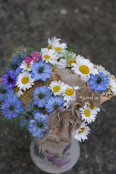 #margarete #albastrele #nigella Nigella, My Flower, Flower Arrangements, Dandelion, Bouquet, Garden, Plants, Floral Arrangements, Garten