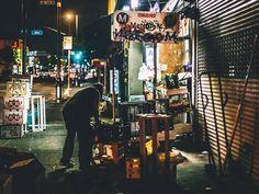 Striking Street Photography in LA – John Logic