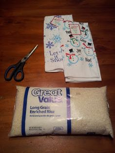 How to make a Rice Bag Heating Pad TUTORIAL... a great idea for an easy homemade Christmas gift !