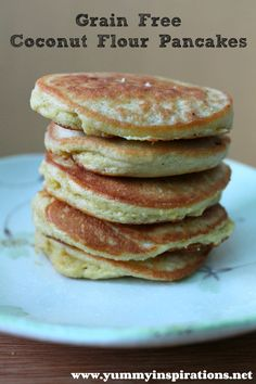Grain Free Coconut Flour Pancakes (GAPS, Paleo) via Yummy Inspirations 4 Eggs 3 Tablespoons Coconut Flour Coconut Oil, for frying. Banting Recipes, Paleo Recipes, Low Carb Recipes, Whole Food Recipes, Cooking Recipes, Banting Diet, Pancake Recipes, Waffle Recipes, Paleo Diet