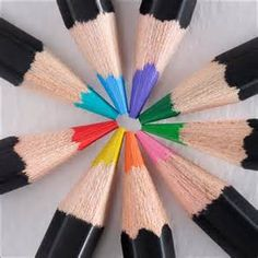 Using highly pigmented, vibrant colors, every shade has superior light resistance for lasting works of art. Image Crayon, Discount Art Supplies, Coloured Pencils, Color Pencil Art, Office And School Supplies, Art Inspo, Painting & Drawing, Fun Crafts, Vibrant Colors