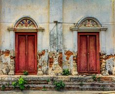 Doors #cre8ivequest #photo #photos #pic #pics #photography #instapic #picture #pictures #snapshot #art #beautiful #instagood #picoftheday #photooftheday #color #all_shots #exposure #composition #focus #capture #moment #hdr #hdrspotters #hdrstyles_gf #hdri #hdroftheday #hdriphonegraphy #hdr_lovers #awesome_hdr @bruceleetags