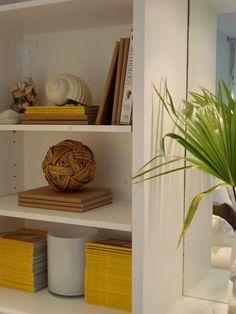 Cortesía: Mafe Molinari: Como decorar con estanterías y bibliotecas