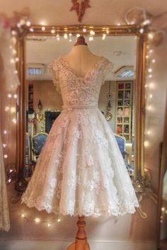 Image of SAMPLE SALE: ivory French lace 1950s vintage style tealength wedding dress, UKSize 8
