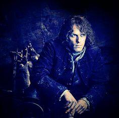Jamie in his cave by Outlander Costume ( Voyager Outlander, Outlander 2016, Outlander Season 3, Outlander Book Series, Terry Dresbach, Outlander Costumes, Sam Heughan Outlander, Star Wars, Celebrities