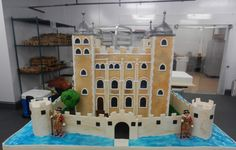 A cake with its own moat!