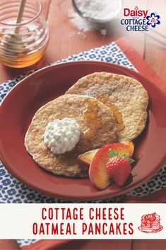 Wake up with Daisy! Made with Daisy Cottage Cheese, egg whites, and quick-cooking oats, these delicious pancakes are the perfect way to start your day. Adding cottage cheese makes these pancakes super fluffy and adds extra protein to the batter. What's For Breakfast, Breakfast Pancakes, Breakfast Dishes, Breakfast Recipes, Oatmeal Pancakes, Waffles, Breakfast Options, Ww Recipes, Brunch Recipes