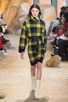Lacoste   Ready-to-Wear - Autumn 2017   Look 28