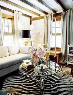 Love the rug....#living #room #white #black #home #decor #interior #design
