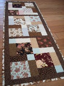 Quilted table runner - idea Disappearing Nine Patch with sashing