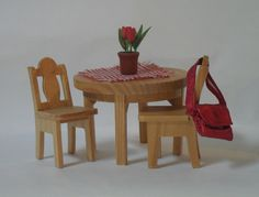 Lundby Kitchen Table [2004] Car Boot Sale, Dining Chairs, Shed, Kitchen, Table, Furniture, Home Decor, Lean To Shed, Cooking