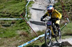 Rachel Atherton shares her top tips for overcoming your fear when mountain biking.