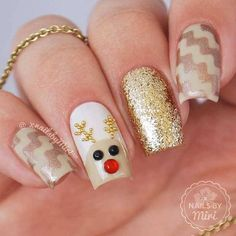 74 Festive Christmas Nail Designs for 2017 - For Creative Juice Jamie Mckean nails Festive Christmas Nail Designs for An outstanding Christmas nail art can help you get into the Christmas spirit.Hopefully you will find yours from Cute Christmas Nails, Xmas Nails, Christmas Nail Art Designs, Winter Nail Designs, Cute Nail Designs, Holiday Nails, Christmas 2017, Reindeer Christmas, Polish Christmas